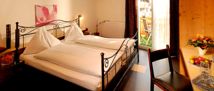 Hotel Park, Saas-Fee, Switzerland - Double bedroom.jpg